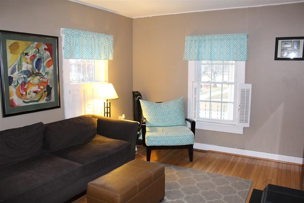 New Englander, Single Family - Concord, NH (photo 5)