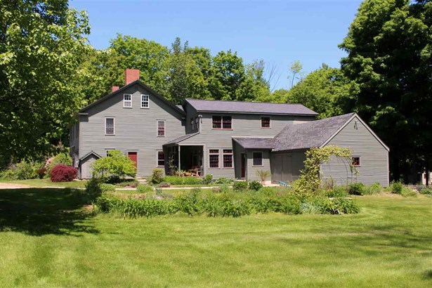 Antique,Colonial, Single Family - Deerfield, NH (photo 2)