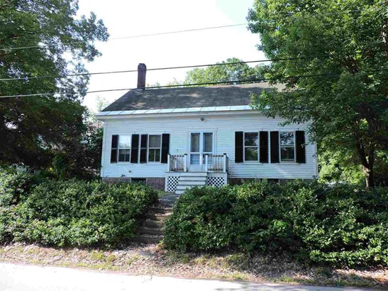 Cape,w/Addition, Single Family - Hopkinton, NH (photo 1)