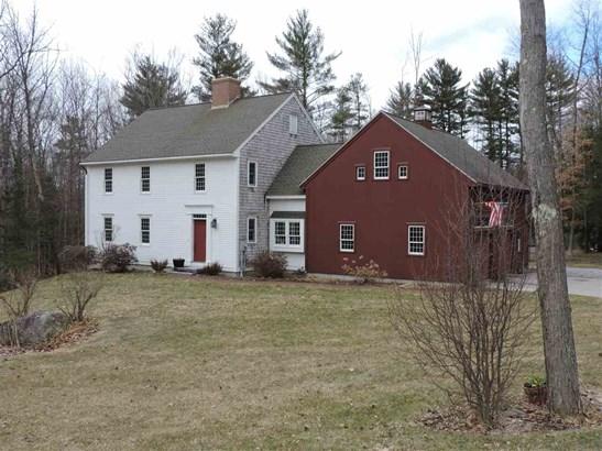 Colonial, Single Family - Hopkinton, NH