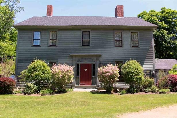 Colonial, Single Family - Deerfield, NH (photo 1)