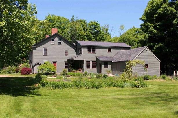 Colonial, Single Family - Deerfield, NH (photo 2)
