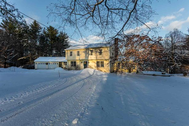 Colonial,w/Addition,Walkout Lower Level, Single Family - Hopkinton, NH (photo 4)