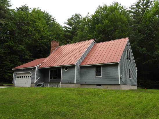 Cape, Single Family - Henniker, NH (photo 1)