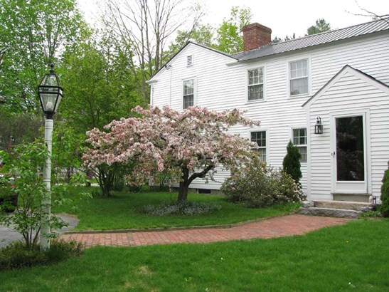 Antique,Colonial, Single Family - Hopkinton, NH (photo 3)