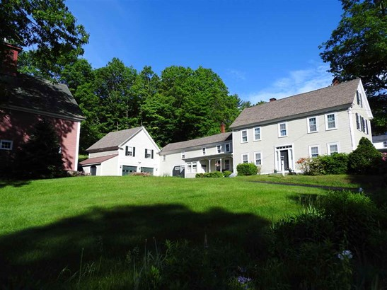 Antique,Colonial, Single Family - Hopkinton, NH (photo 1)