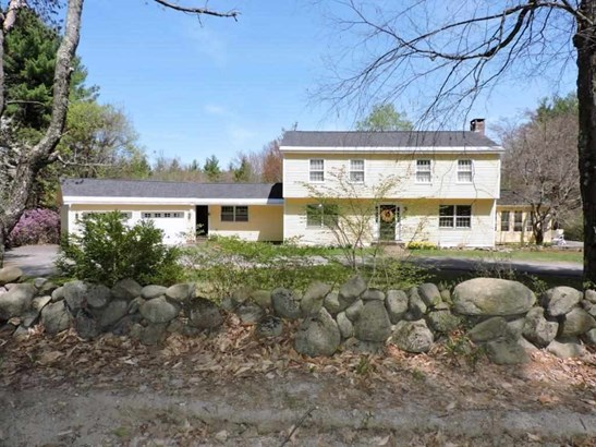 Colonial, Single Family - Hopkinton, NH (photo 1)