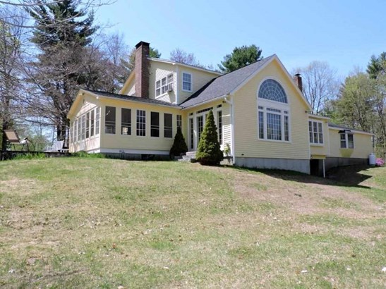 Colonial, Single Family - Hopkinton, NH (photo 2)