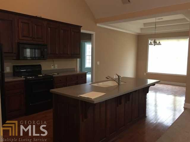 Single Family Detached, Ranch,Traditional - Commerce, GA (photo 3)