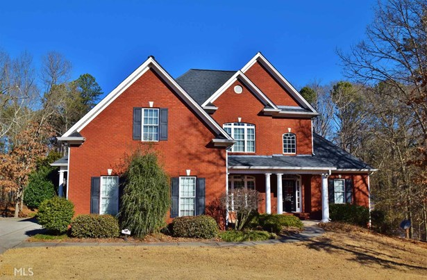 Single Family Detached, Traditional - Winder, GA (photo 1)
