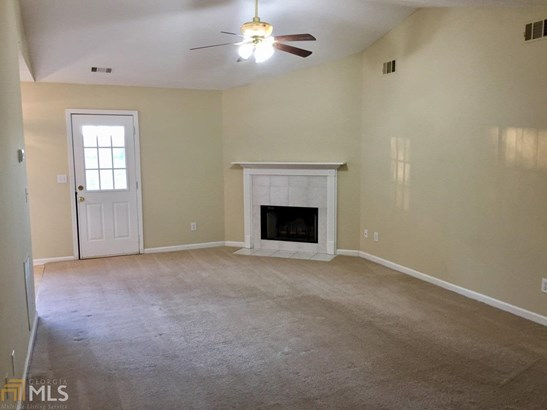 Single Family Detached, Ranch - Flowery Branch, GA (photo 3)