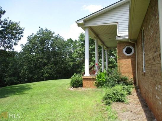 Single Family Detached, Traditional - Dawsonville, GA (photo 2)