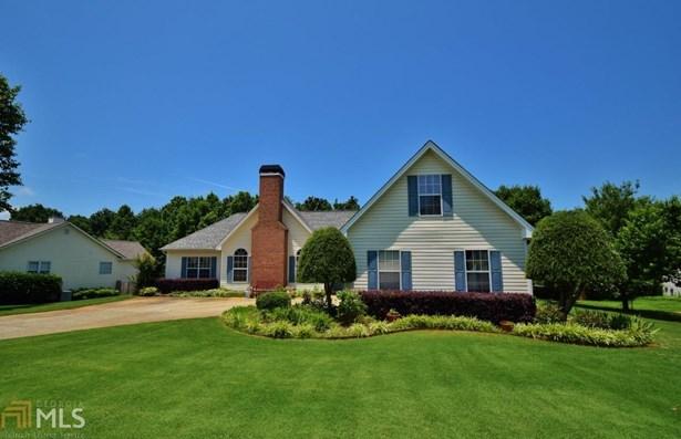 Single Family Detached, Ranch - Flowery Branch, GA (photo 1)