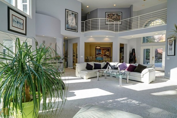 Single Family Detached, Contemporary - Flowery Branch, GA (photo 4)