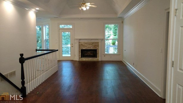 Single Family Detached, Traditional - Gainesville, GA (photo 4)