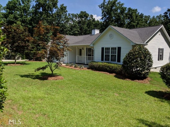Single Family Detached, Ranch - Gainesville, GA