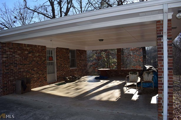 Single Family Detached, Country/Rustic - Flowery Branch, GA (photo 2)