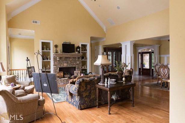 Single Family Detached, Craftsman,European - Gainesville, GA (photo 3)