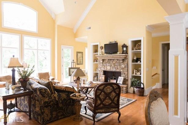 Single Family Detached, Craftsman,European - Gainesville, GA (photo 4)