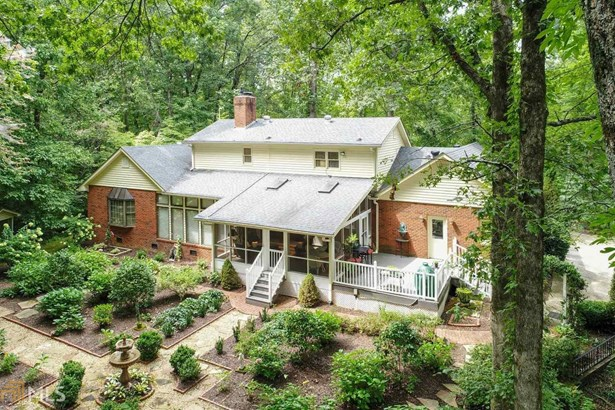 Single Family Detached, Traditional - Gainesville, GA (photo 2)