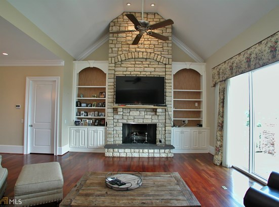 European,Traditional, Single Family Detached - Gainesville, GA (photo 3)