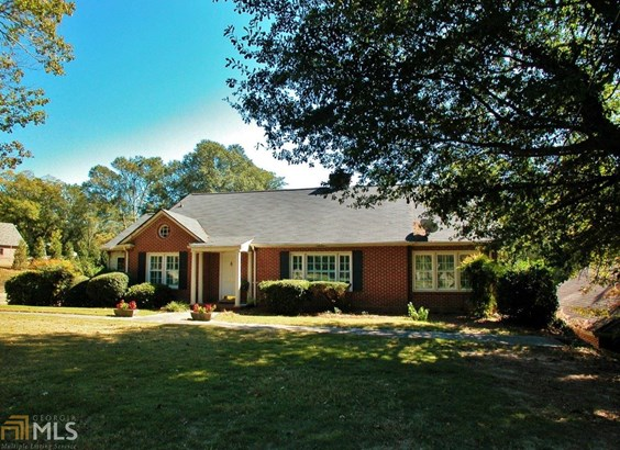 Single Family Detached, Ranch,Traditional - Gainesville, GA (photo 3)