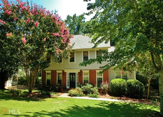 Single Family Detached, Colonial - Lawrenceville, GA (photo 3)