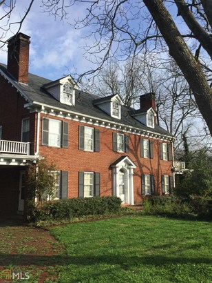 Single Family Detached, Traditional - Winder, GA (photo 2)
