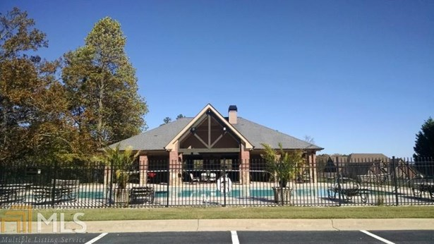 Single Family Detached, Ranch,Traditional - Flowery Branch, GA (photo 3)