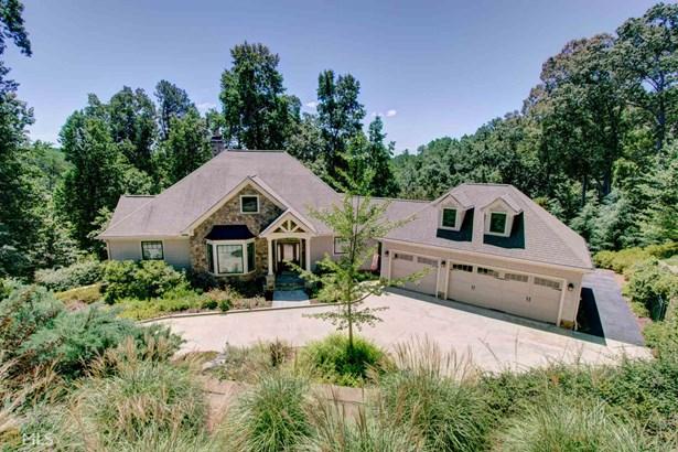 Single Family Detached, Traditional - Oakwood, GA (photo 1)