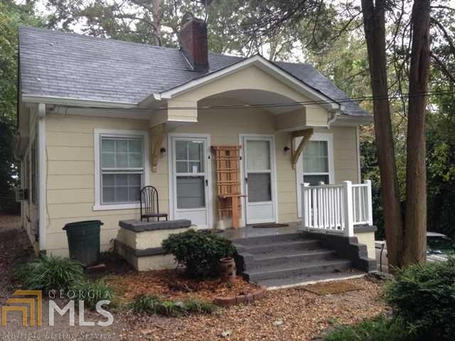 Single Family Detached, Bungalow/Cottage - Gainesville, GA
