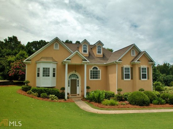 European,Traditional, Single Family Detached - Flowery Branch, GA (photo 1)