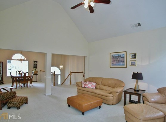 European,Traditional, Single Family Detached - Flowery Branch, GA (photo 3)