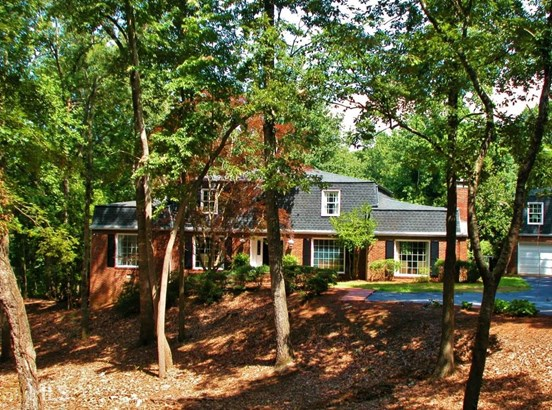 Single Family Detached, European,French Provincial - Gainesville, GA (photo 2)