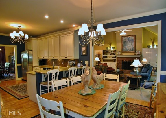 Single Family Detached, Traditional - Gainesville, GA (photo 3)