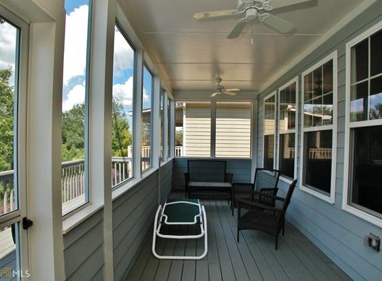 Single Family Detached, Contemporary - Gainesville, GA (photo 4)