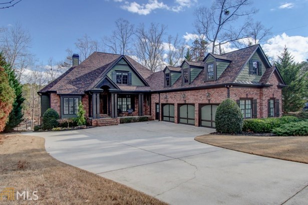 Single Family Detached, Traditional - Buford, GA (photo 1)