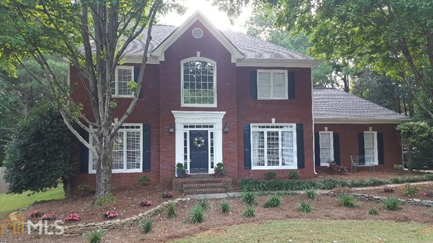 Single Family Detached, Traditional - Lawrenceville, GA