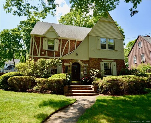 Single Family For Sale, Colonial,Tudor - New Haven, CT (photo 1)