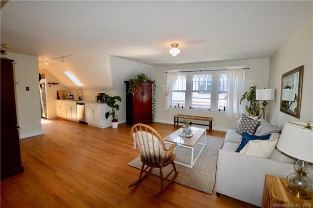 Condominium, Ranch - New Haven, CT (photo 4)