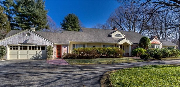Single Family For Sale, Cape Cod,Ranch - Woodbridge, CT (photo 3)