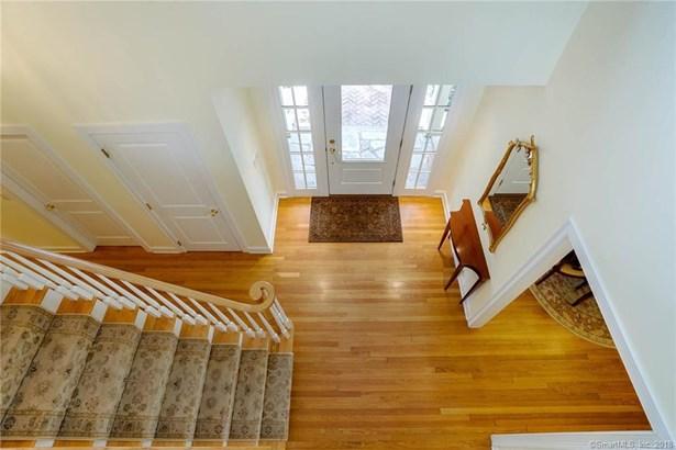 Single Family For Sale, Cape Cod,Ranch - Woodbridge, CT (photo 5)