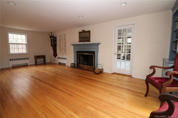 Single Family For Sale, Colonial - Hamden, CT (photo 5)