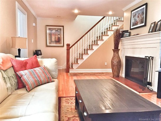 Single Family For Sale, Colonial - New Haven, CT (photo 4)
