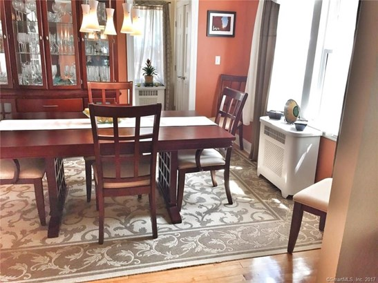 Single Family For Sale, Colonial - New Haven, CT (photo 5)