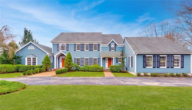Single Family For Sale, Colonial - Woodbridge, CT (photo 1)