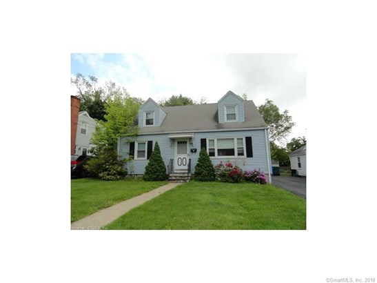 Cape Cod, Single Family Rental - Hamden, CT