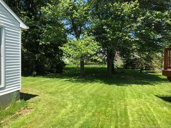 Single Family For Sale, Cape Cod - New Britain, CT (photo 2)