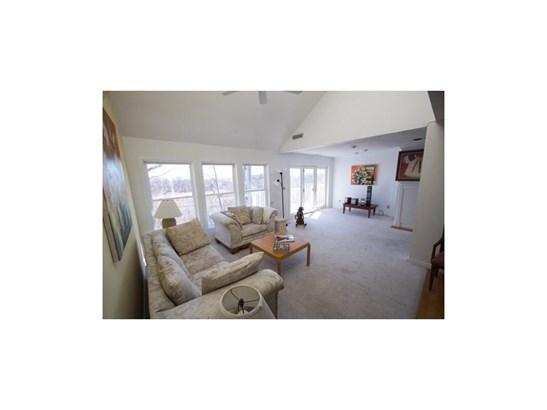 Condo,Contemporary, Condominium - East Haven, CT (photo 1)