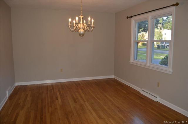 23 Lilac Lane, Milford, CT - USA (photo 4)